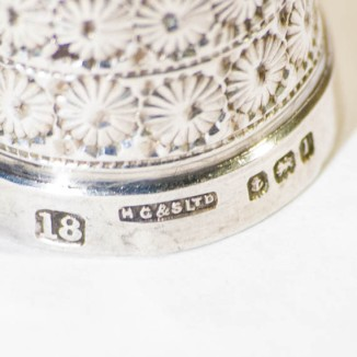 PS302 Henry Griffiths silver thimble-4